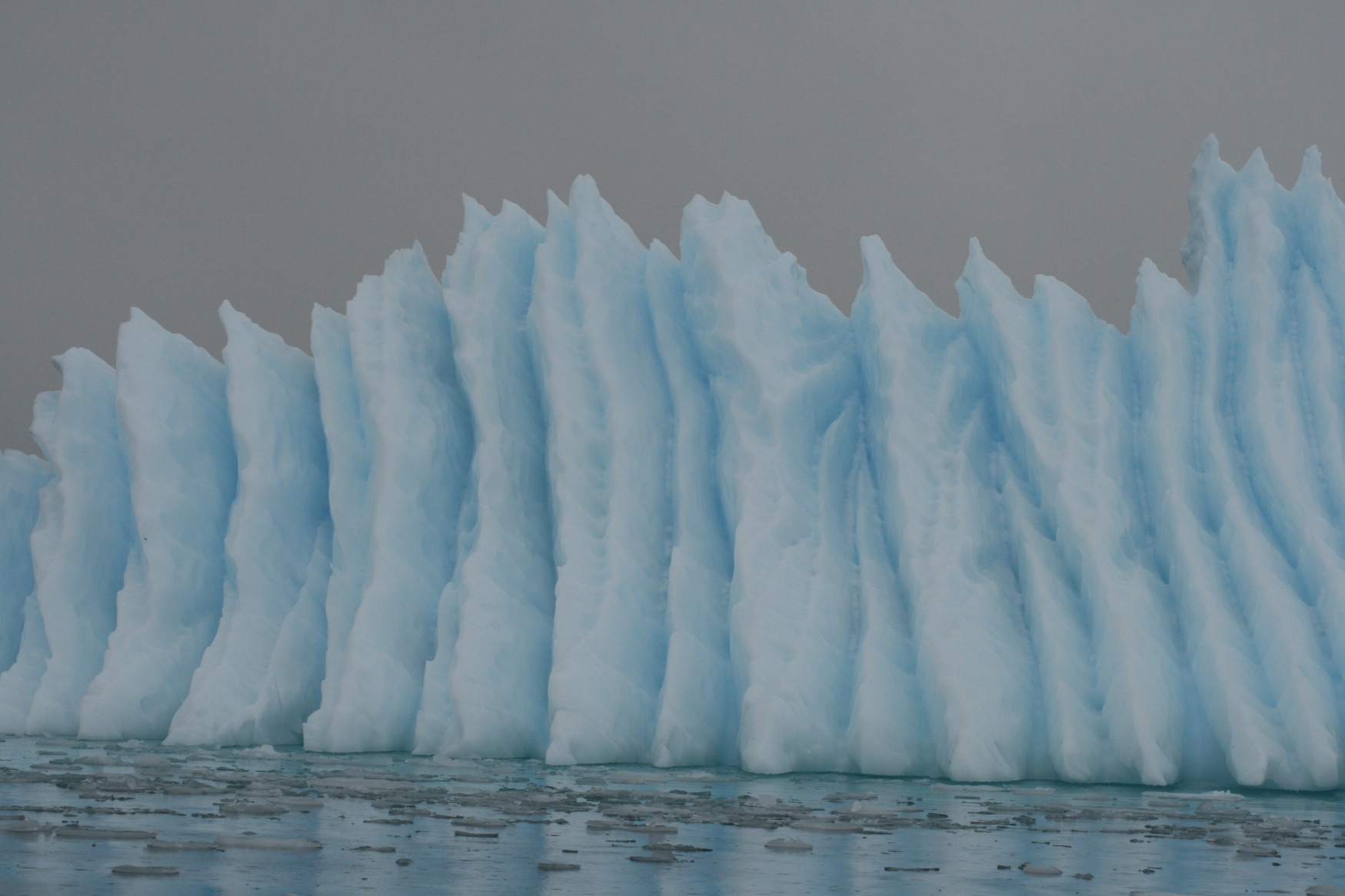 Falklands Iceberg.jpg
