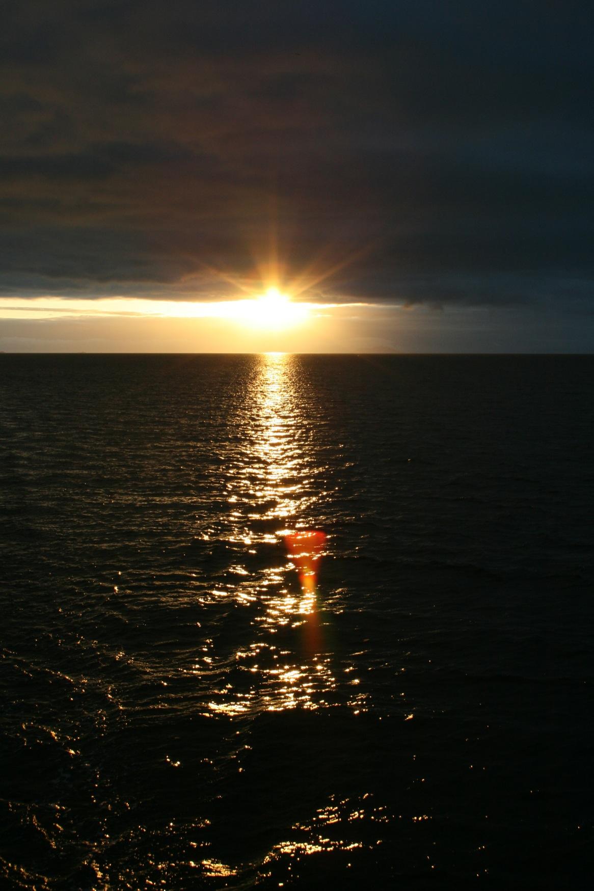 Galapagos sunset.JPG