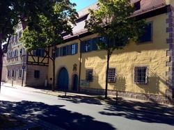 Frontansicht Schloss Adelsdorf