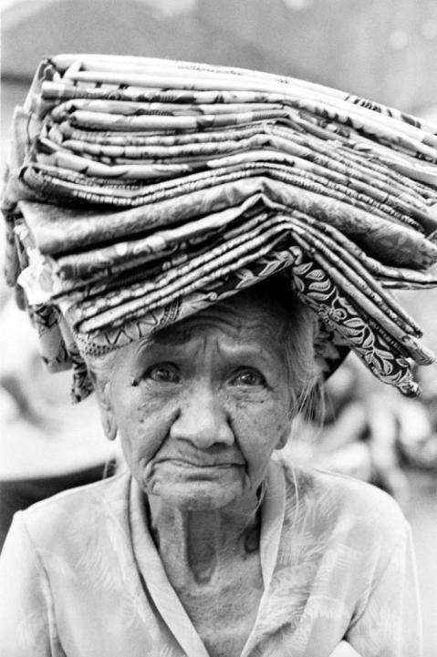 Chris Schmid - Oma, Bali