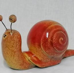 Escargot rouge orangé