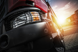 euro-semi-truck-driving-PCM7S65