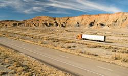 over-the-road-long-haul-18-wheeler-big-r