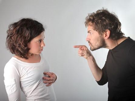 האישה טענה כי בעלה איים שיהרוג אותה, הבעל זוכה מחמת הספק