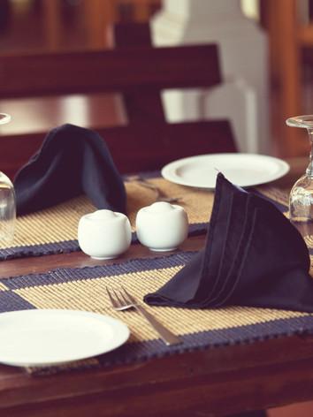 restaurant-decor-P4393GF.jpg