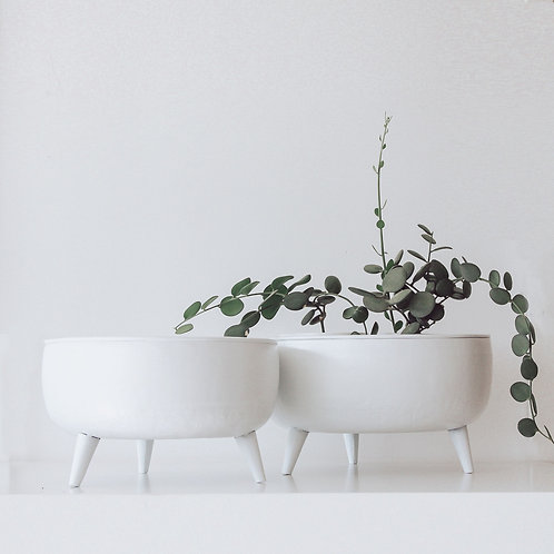 Footed Planter Collection