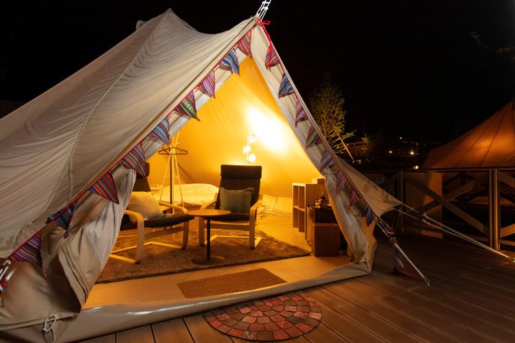 夜 テント