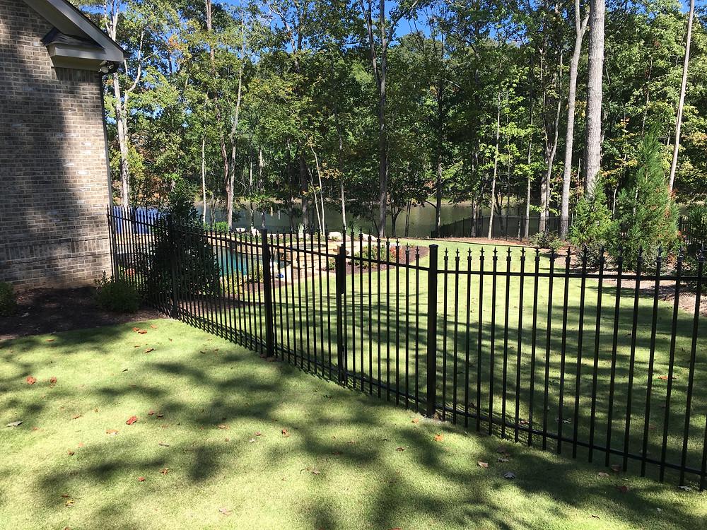 FIDO Fences & Decks | Yard Fencing