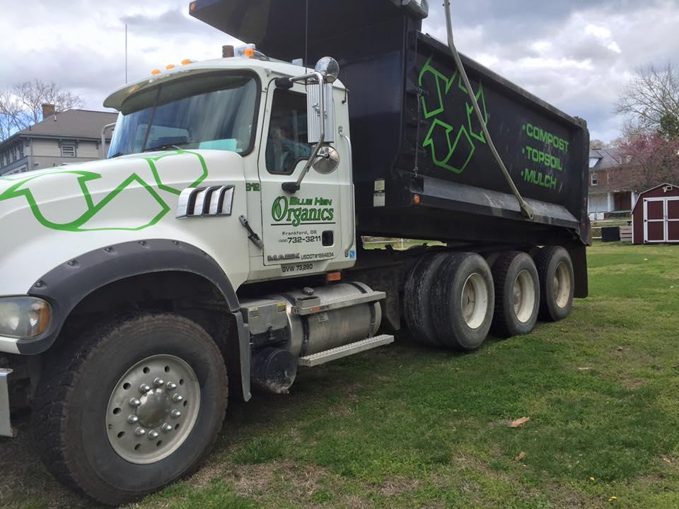 dump truck. 2016