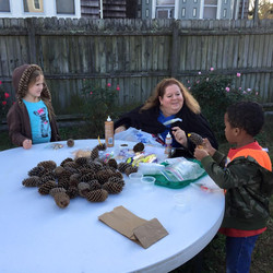 making pine cone turkeys.jpg