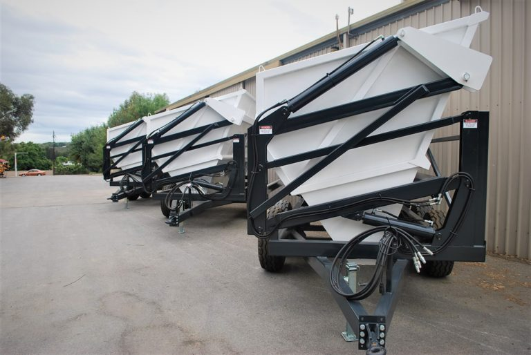 High-Lift-Side-Tippers-26-768x514