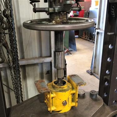 Hydraulic-repairs-4-768x512.jpg