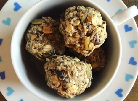 Cranberry Oatmeal No-Bake Cookies & Weego!