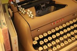 Vintage Typewriter, Running Girl