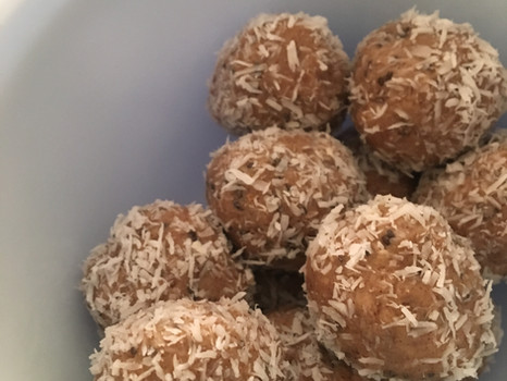Raw Coconut Almond Bites