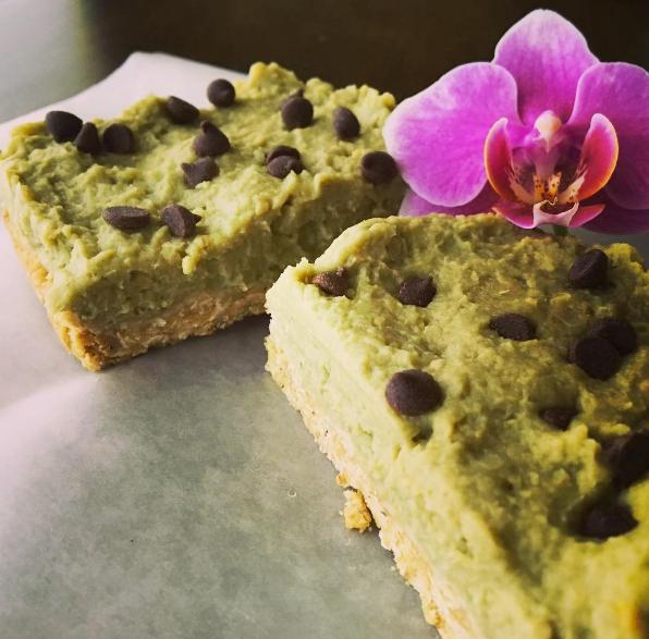 gluten-free vegan raw breakfast bar