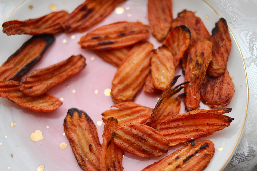 bake or air fried carrot chips