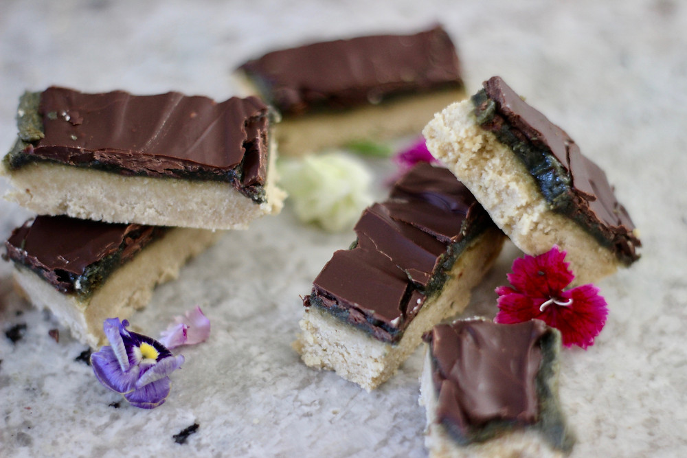 healthy vegan version of candy bars