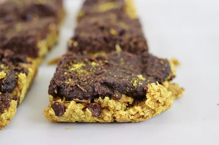 Best Brownie Cookie Bars with turmeric