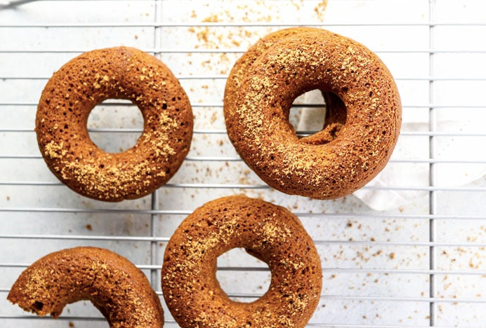 healthy pumpkin donuts
