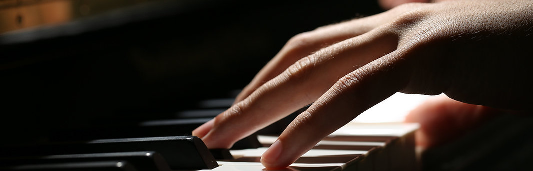 Piano lessons in Brentwood, Essex. Piano tuition for beginners.