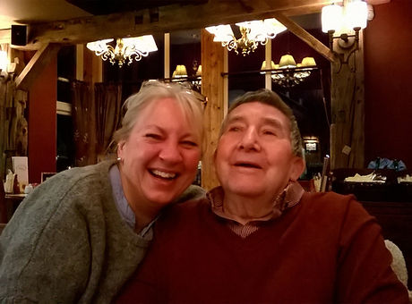 Pix of Sue and Dad.jpg