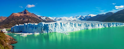 Panorama of glacier Perito Moreno in Pat