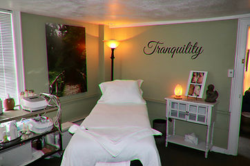 Body Treatment Room, Body Cavitation, Facial Equipment, Radio Frequency, Towel Warmer, Peaceful Environment, Facial Equipment, Skincare Products