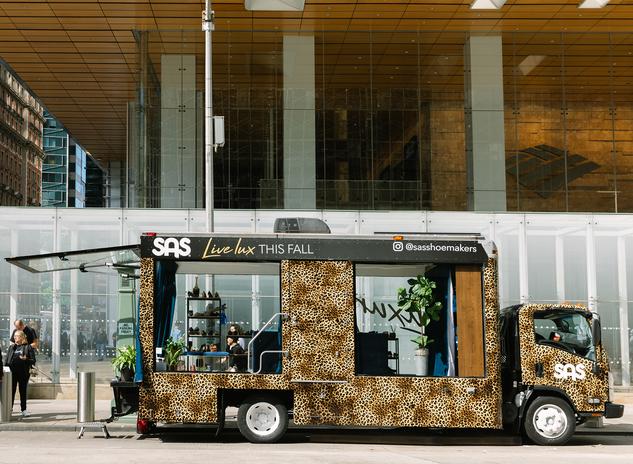 sas glass truck.png