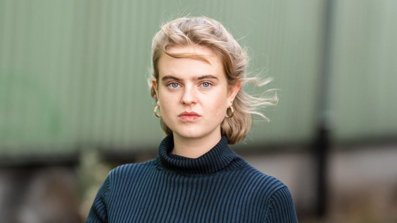 Stella Holzapfel