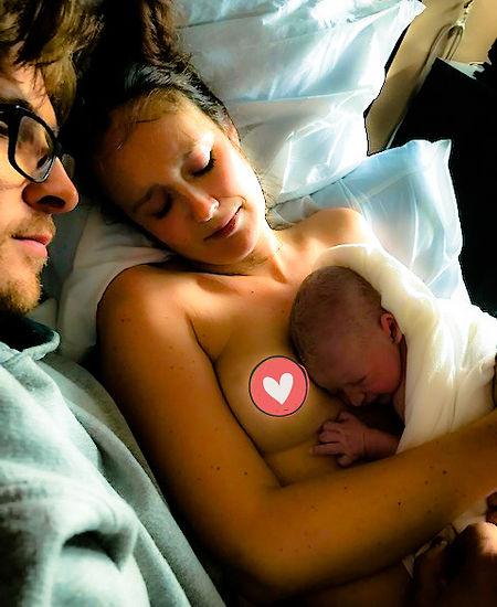 Accouchement et bébé naissant