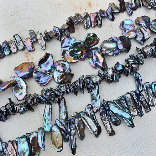 Lot 25 - 4x Strands Blue Oilslick Freshwater Pearls