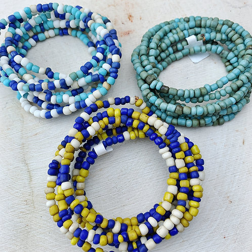 Lot 32 - 3x Strands African Glass