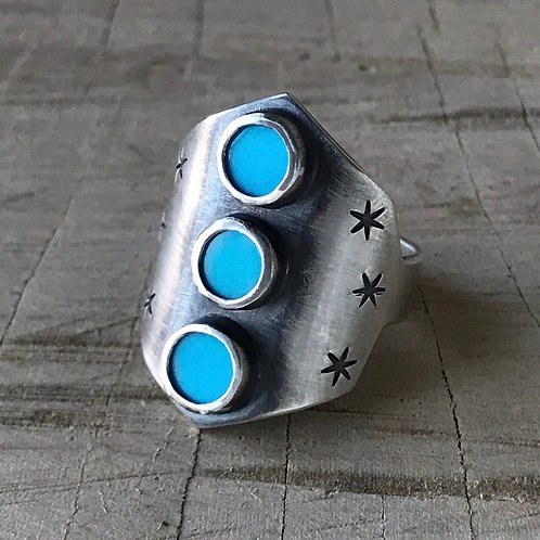 SUPER DAVE  size 8.5 Turquoise shield ring