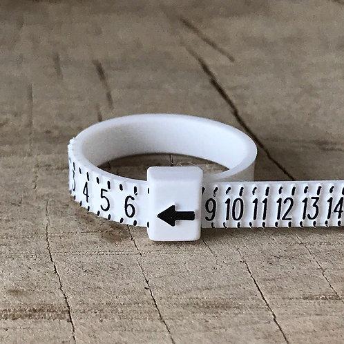 MULTISIZER Ring size finder