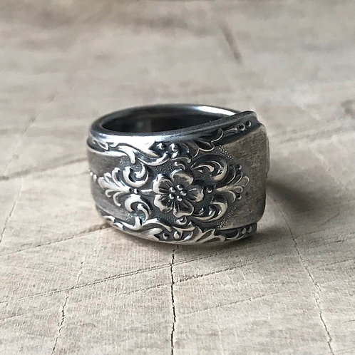 Floral spoon ring sizes 5  and 6.5