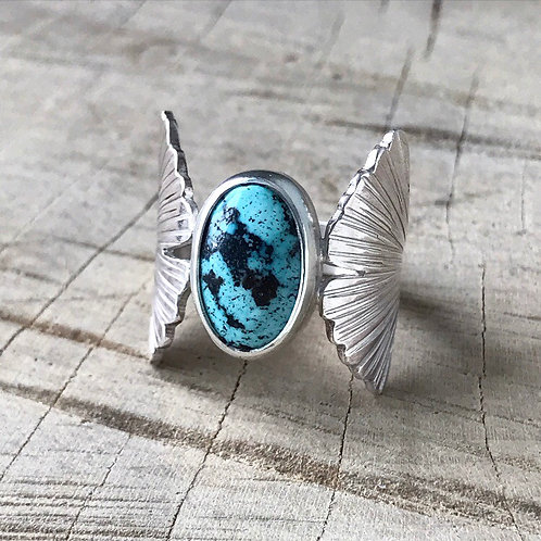 GINGKO Turquoise hand carved leaf ring