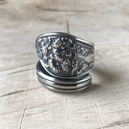 Floral wrap spoon ring size 7