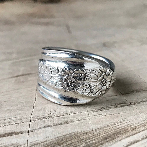 Floral spoon ring size 9