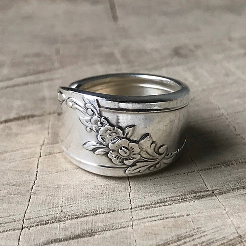 Floral spoon ring size 6.5