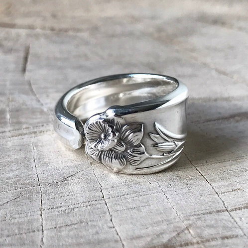 Daffodil spoon ring size 8.25