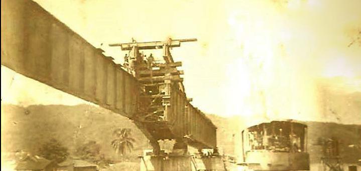 CONSTRUCCION DE PUENTE FERROVIARIO.png