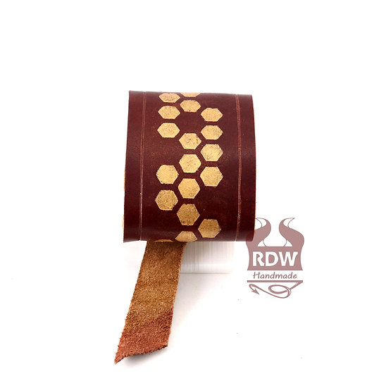 Gold Honeycomb - Auburn Leather