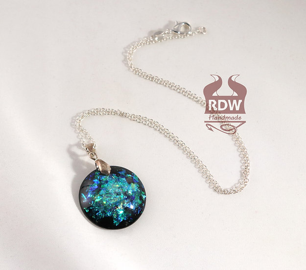 Blue-Green Flake Dichroic Necklace