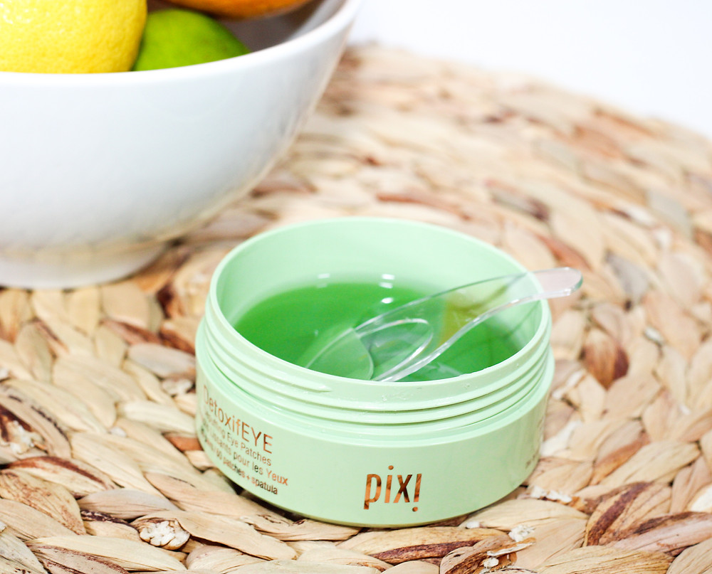 Pixi DetoxifEYE depuffing eye patches.