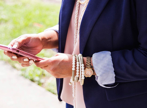 How to Run Your Business From Your Cell Phone