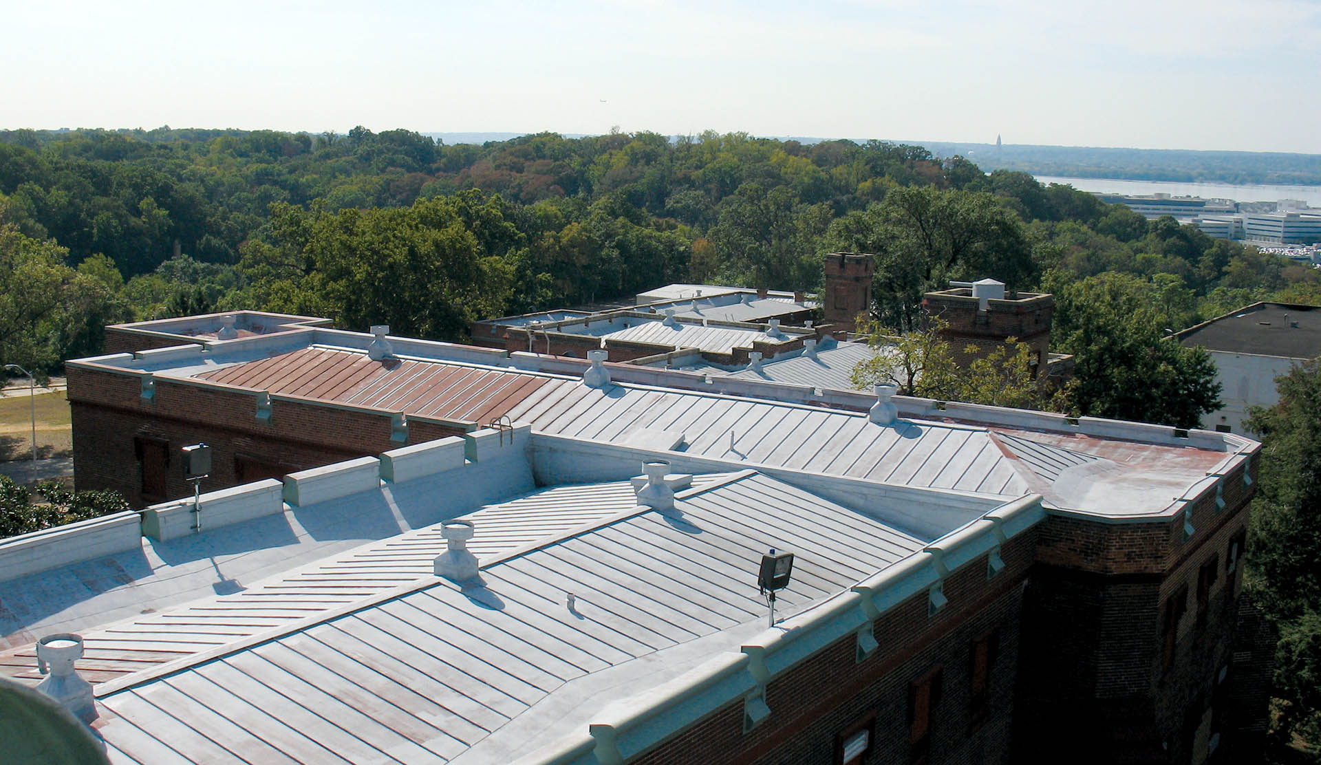 STE_Central Roof_004
