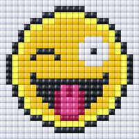 Smiley-wink-tonque_Patternbooklet_Smiley