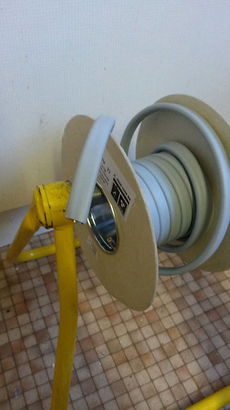 10mmTwin and Earth cable reel.jpg