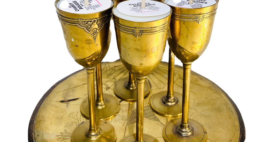 Ensemble de 6 fines bougies en laiton ouvragé